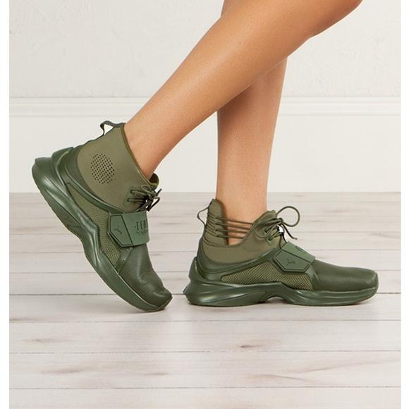 d6b92ceffb4587 Fenty Trainer Hi Women s Sneakers NWOB NWOT